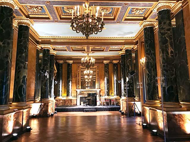 Château de Fontainebleau, Salle des colonnes